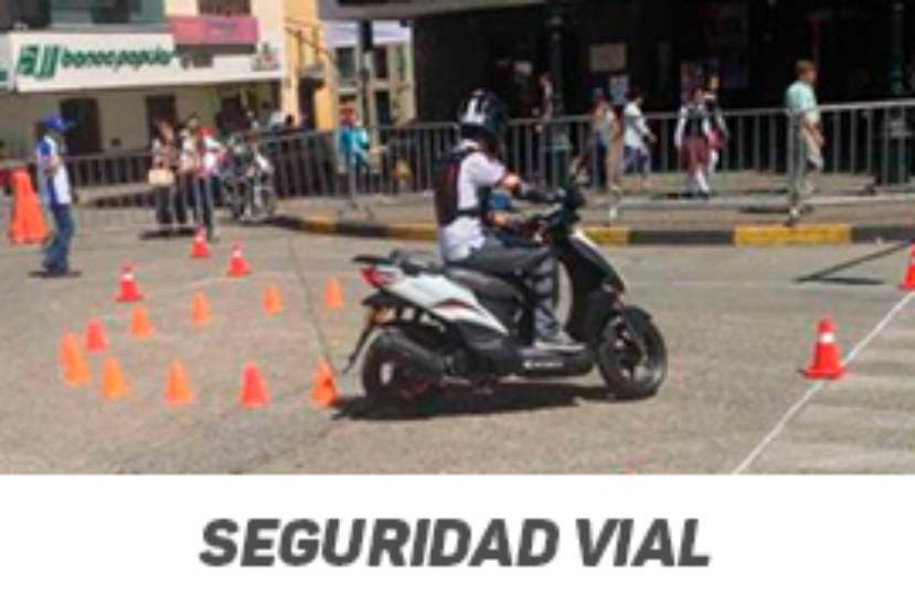 Continuamos capacitando motociclistas en técnicas de conducción segura