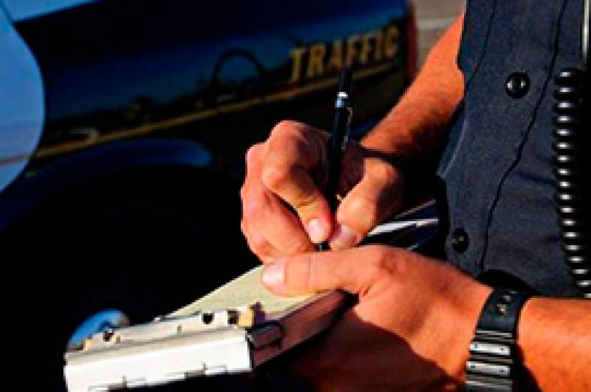 Conduce con prudencia evitando cometer infracciones de tránsito