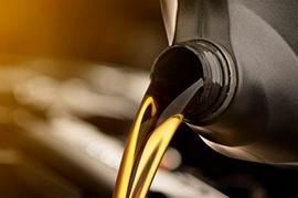 Aceite mineral, el complemento infaltable para tu moto