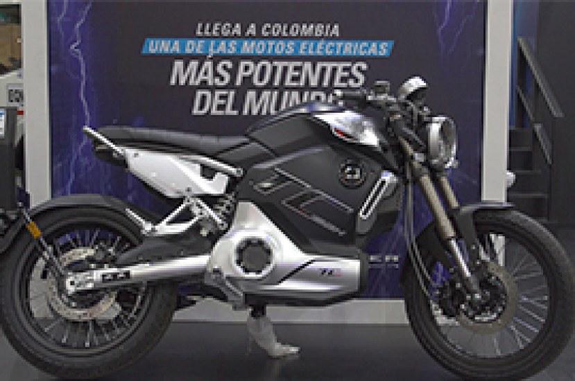 Stärker presentó la Super Soco TC Max en Colombia durante la Feria de las 2 Ruedas