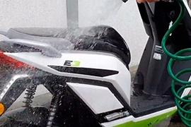 ¿Cómo lavar tu moto eléctrica Starker?