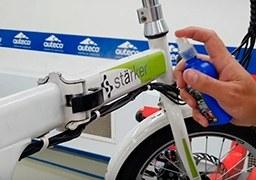 Lavado en seco de bicicleta eléctrica