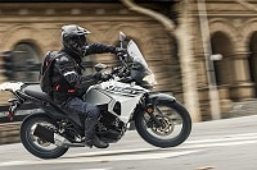 ¿Cómo escoger la mejor llanta para tu moto?