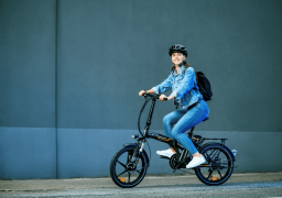 Patinetas y bicicletas, alternativas en medio del Covid