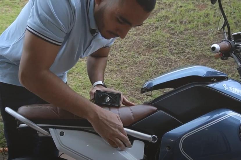 Aprende cómo recargar una moto eléctrica