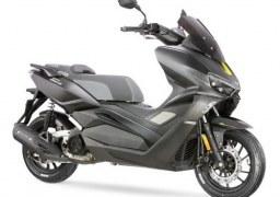 Auteco Mobility expande su portafolio con la nueva Scooter Victory Black