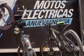 Con una inversión de más de mil millones de pesos, Auteco Mobility impulsa la movilidad sostenible en el país con Oasis Group